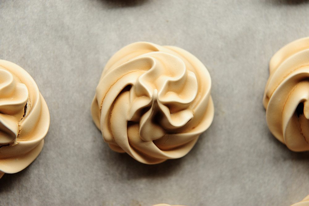 Coffee meringue